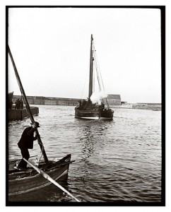Old Eyemouth Harbour circa 1910