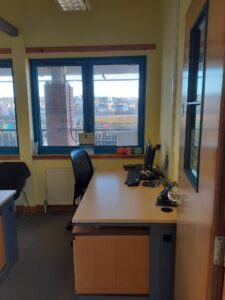 OFFICE TO LET 1